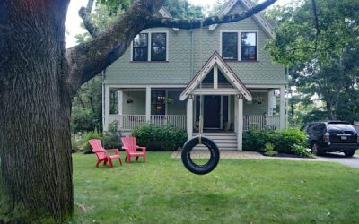 You Got to Love a House With a Tire Swing!